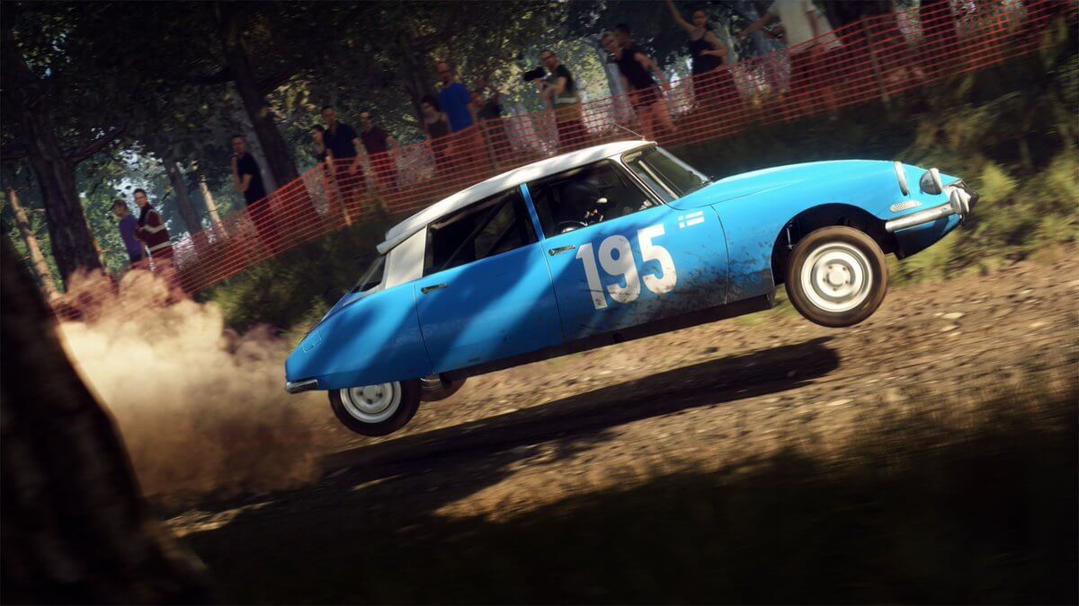 Dirt 5 on PC, PS4